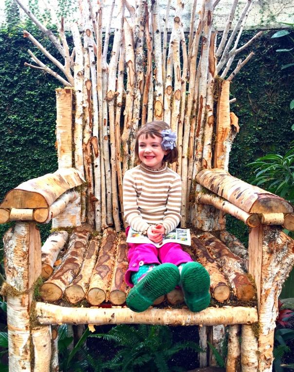 Branch Throne  --www.growingsigns.com